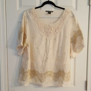 Lauren Michelle 2x cream embroidered blouse